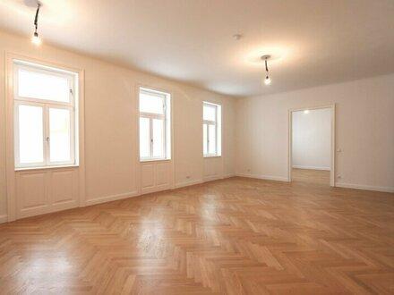 ERSTBEZUG in schönem Stil-Altbau! Hochwertig sanierte 3-Zimmer-Wohnung im 3. Liftstock