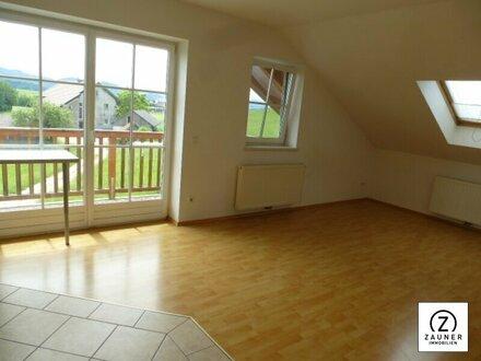 Zwischen Seekirchen und Köstendorf: Gut eingeteilte 3 Zi-Wohnung mit 2 Balkonen