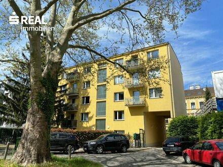 3 Zimmer Wohnung NEU SANIERT + Südbalkon in toller Lage