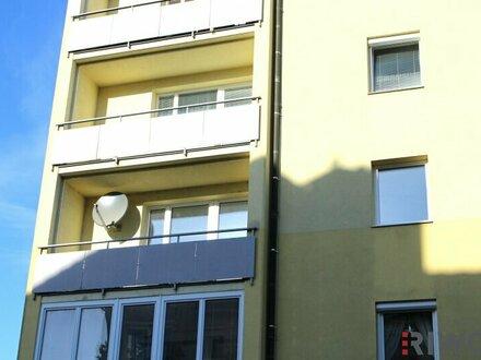 WOHNEN im Weinviertel - Topsanierte, sonnige Wohnung in Hollabrunn