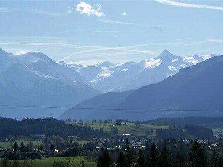 Sonniger Baugrund mit 360 Grad Panoramablick