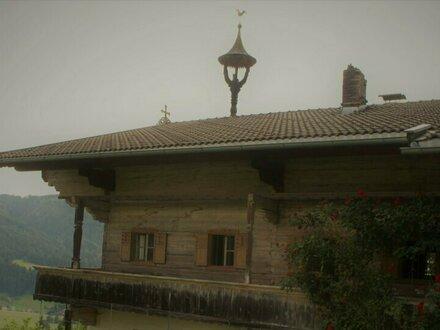Original Kitzbüheler Bauernhaus zum Wiederaufbau !!