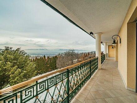 Traumhafte dreistöckige Villa mit großem Garten und Indoorpool in Grünruhelage
