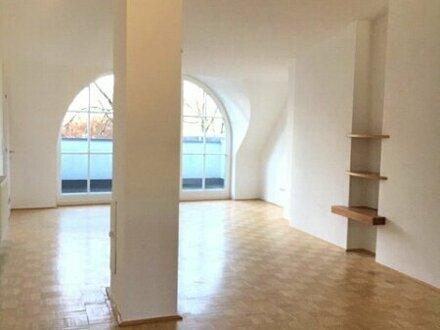 Helle 2-Zimmer-Dachgeschosswohnung in Saalfelden