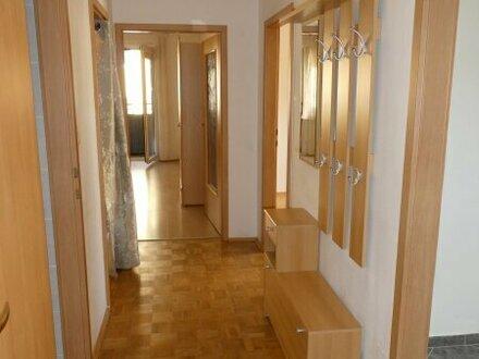 MIET-Wohnung mit Loggia und Parkplatz in Gloggnitz!