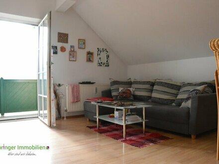 Hoch hinaus! sonnenverwöhnte 2-Zimmer-Wohnung mit Balkon
