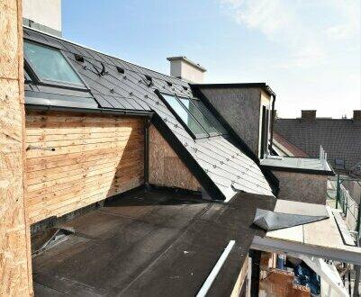 Toller Fernblick + Hofseitige Sonnenterrasse + Rundum saniertes Altbauhaus + Perfekte Infrastruktur + Ruhelage! Worauf warten…