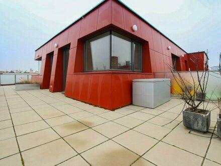 Wohnen über den Dächern mit einer 100m² großen Terrasse!