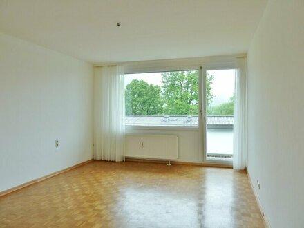 Charmante 3-Zimmer-Wohnung in ruhiger Lage von Parsch/Borromäumstr.