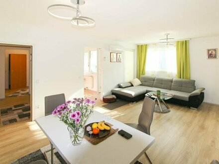 "2-Zimmer ""80m² Sunny-Open-Living"" mit Loggia"