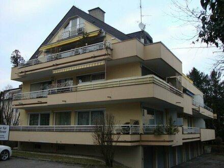 Ruhig gelegene 3-Zimmer-Wohnung mit Balkon und Garage in Salzburg-Aigen zu vermieten