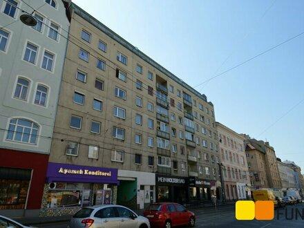 Topzustand, moderne, großzügige 2- Zimmer- Wohnung mit Loggia, nahe U6