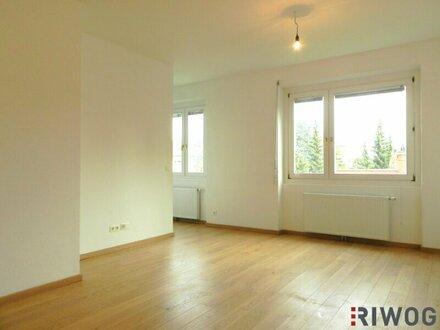 ++großzügige, helle 3- Zimmerwohnung mit Terrasse in absoluter Ruhelage++