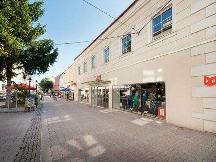 Vermietet wird eine großzügige Büro- / Ordinationsfläche in der Fußgängerzone Wr. Neustadt