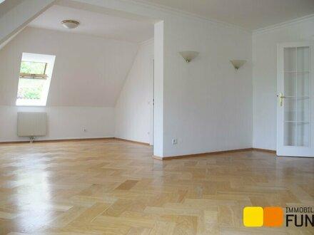 Provisionsfrei: Exklusive Dachgeschoss-Maisonette