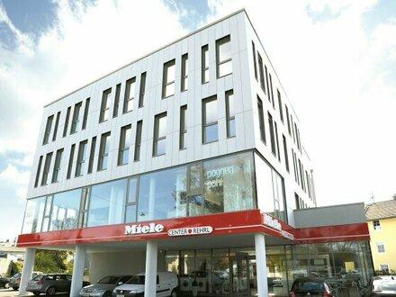 Salzburg-Liefering: helle 2-Zimmer-Wohnung im 2. OG