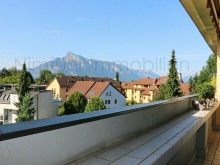 Sonnige 3-Zimmer-Wohnung mit Balkon im Stadtteil Aigen