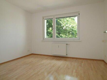 Hetzendorfer Traumwohnung mit Loggia und 3 Zimmern!