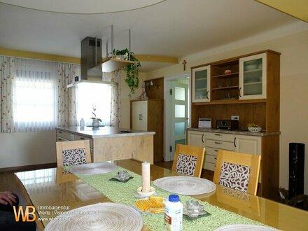 Neuwertiges Einfamilienhaus, 175m² WFL, Swimmingpool - auf 800m² Grundstück