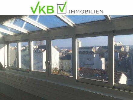 140m² Dachgeschoßwohnung mit Wintergarten, Loggia und Tiefgaragenplatz nahe Stadtzentrum für Privatnutzung oder als Anlage…