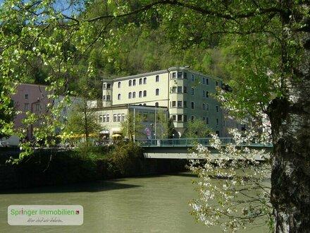 Wohnen in der Altstadt! Gediegene 2-Zimmer-Erker-Wohnung