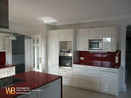 PREISREDUZIERUNG- 680m² Wohnfläche MODERNE 2 FAMILIENVILLA