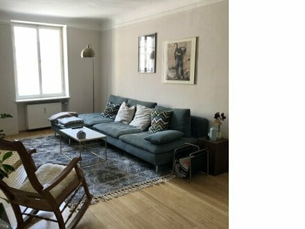 Großzügige 3-Zimmer-Altbau-Wohnung Nähe Mozartplatz