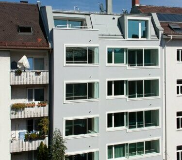 München: 3-Zimmer-Penthouse mit Dachterrasse