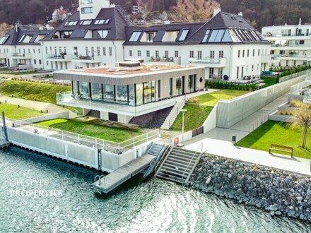 Traum auf einer Ebene am Wasser: 4-Zimmer Bungalow mit Terrasse und Bootsanlegestelle