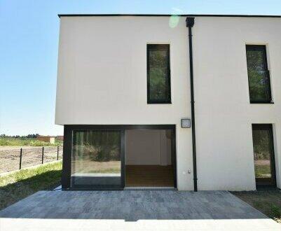 Absolutes Highlight! Idyllisches Einfamilienhaus mit großem Garten, perfekter Raumaufteilung und hochwertigen Materialien!…