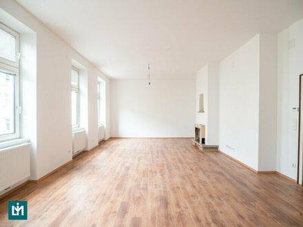 ERSTBEZUG: Generalsanierte 3 - Zimmer Altbauwohnung in guter Lage