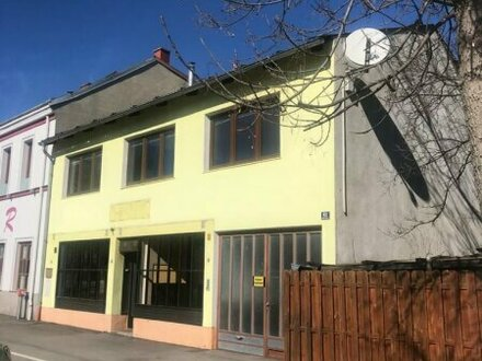 2103 Langenzersdorf- kleines Zinshaus zum Entwickeln!