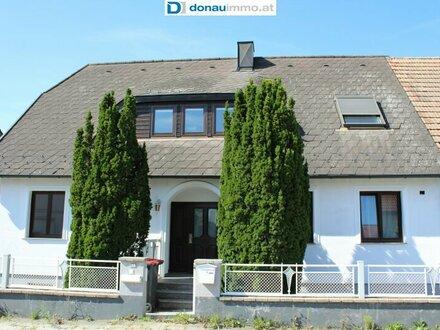 Modernes großzügiges Einfamilienhaus nahe der Donau