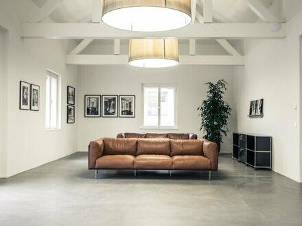 Bürogebäude: Repräsentative Ceconi-Villa