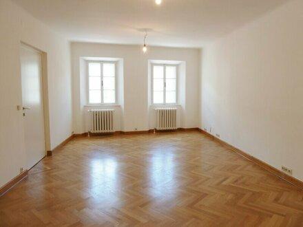 Schöne 4-Zimmer-Altbauwohnung in der Salzburger Altstadt - Alter Markt
