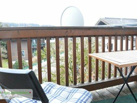 Ein Fall für Zwei! Charmante 2-Zimmer-Wohnung mit Balkon