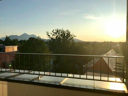 Provisionsfrei für den Mieter - 3 Zimmer-Dachgeschosswohnung - Sonnenterrasse - traumhafter Panoramablick