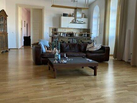 Traunstein: Großzügige 3-Zimmer-Wohnung!