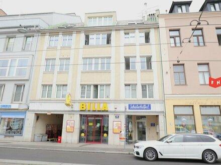 Vermietet wird ein helles Büro mit zwei Terrassen