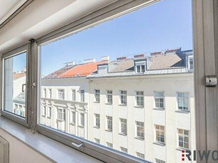 Sehr helles und ruhiges 3 Zi. Büro mit Klimaanlage und Indoor-Pool am Dach.
