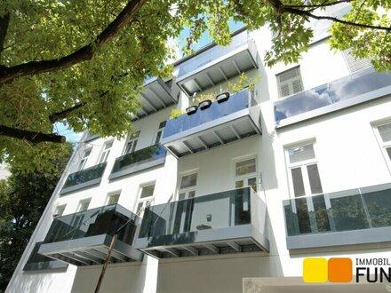 Wunderschöne 2 Zimmer-Wohnung mit Balkon in saniertem Altbau