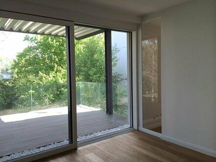 helle, moderne Terrassenwohnung in Hietzinger Bestlage zu mieten!