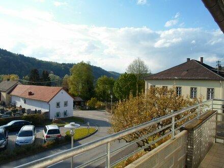 Ihr neues Domizil in Wernstein mit Blick auf Schloss Neuburg - günstig zu mieten