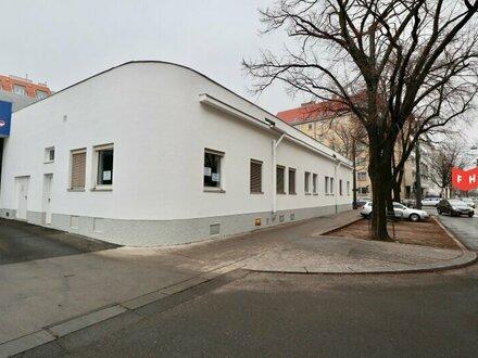 Helles Büro mit 4 Räumen und guter Verkehrsanbindung