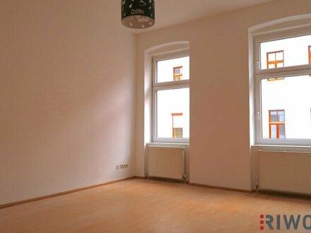 == Traumhaft HELLE Zwei-Zimmerwohnung ==