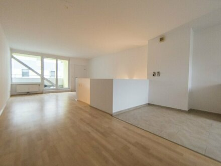 Bezugsfertige große Wohnung mit Balkon in 1220 Wien - ZU VERKAUFEN
