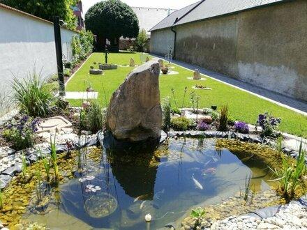 Im Zentrum von Neusiedl am See - Zweifamilienhaus 366 m² NFL und 444 m² Garten