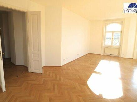 helle 4 Zimmer mit Loggia und 2 Bädern