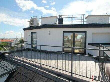 ++ PREISHIT ++ Moderne Dachgeschoßwohnung mit großer Terrasse