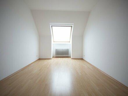 schöne, helle 3 Zimmer Dachgeschosswohnung nahe Reumannplatz zu verkaufen! VIDEO Besichtigung möglich !